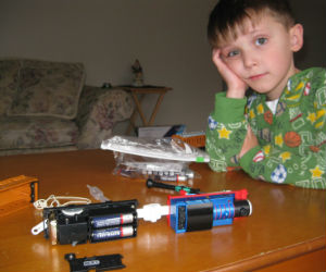 Thomas requires 3 AA batteries says Adam