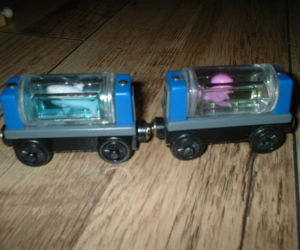 Thomas Wooden Railway – Aquarium Cars