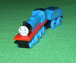 Wooden BRIO Gordon engine