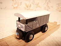 BRIO Toad the brake van