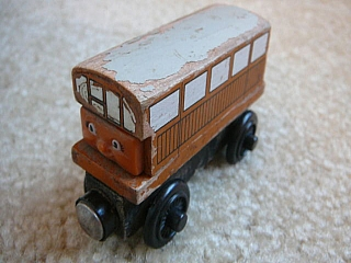 Thomas Wooden Railway – Catherine Vehicle