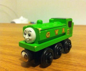 Thomas Wooden Railway - Duck Engine