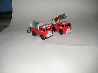 Thomas Wooden Railway – Fire Crew Vehicle