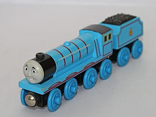 Thomas Wooden Railway - Gordon Engine