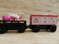 Memory Keeper Hello Kitty wooden train