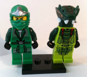 Ninjago Lloyd ZX Green Ninja with Venomar Warrior Snake min-figures