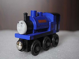 Thomas Wooden Railway - Sir Handel is Engine