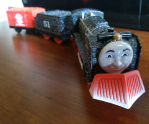 Trackmaster Snow Hiro battery operated train
