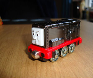 Take Along Metallic Diesel engine