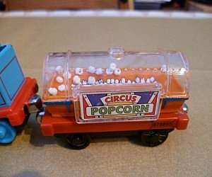 Poppin Popcorn tanker Take Along diecast vehicle