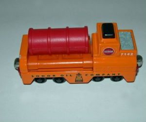 Take Along Sodor oil barrel loader by LC