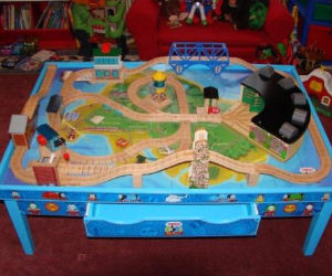 How to build Thomas the Train Table Plans - Thomas the Train