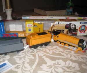 TOMY Murdoch with coal and freight cars