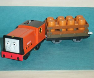 TOMY Rusty battery powered trains