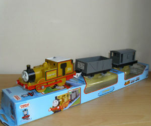 TOMY Stepney battery powered trains