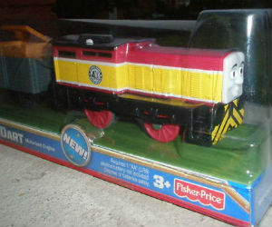 Trackmaster Dart works with Den at Dieselworks on Sodor