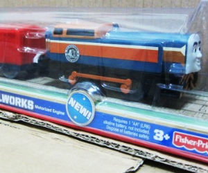 Trackmaster Den battery operated train