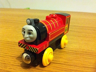 Thomas Wooden Railway - Victor is Engine